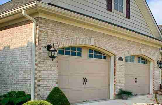 Appealing and Eye-Catching garage door
