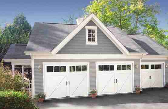 Custom-Designs-Garage-Door